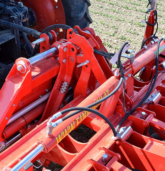 Einbock Row Guard | Automatic Adjusting Cultivator